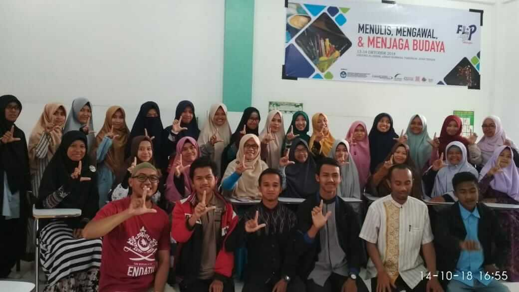 Para peserta Open Recruitmen FLP Cabang Takengon yang pertama